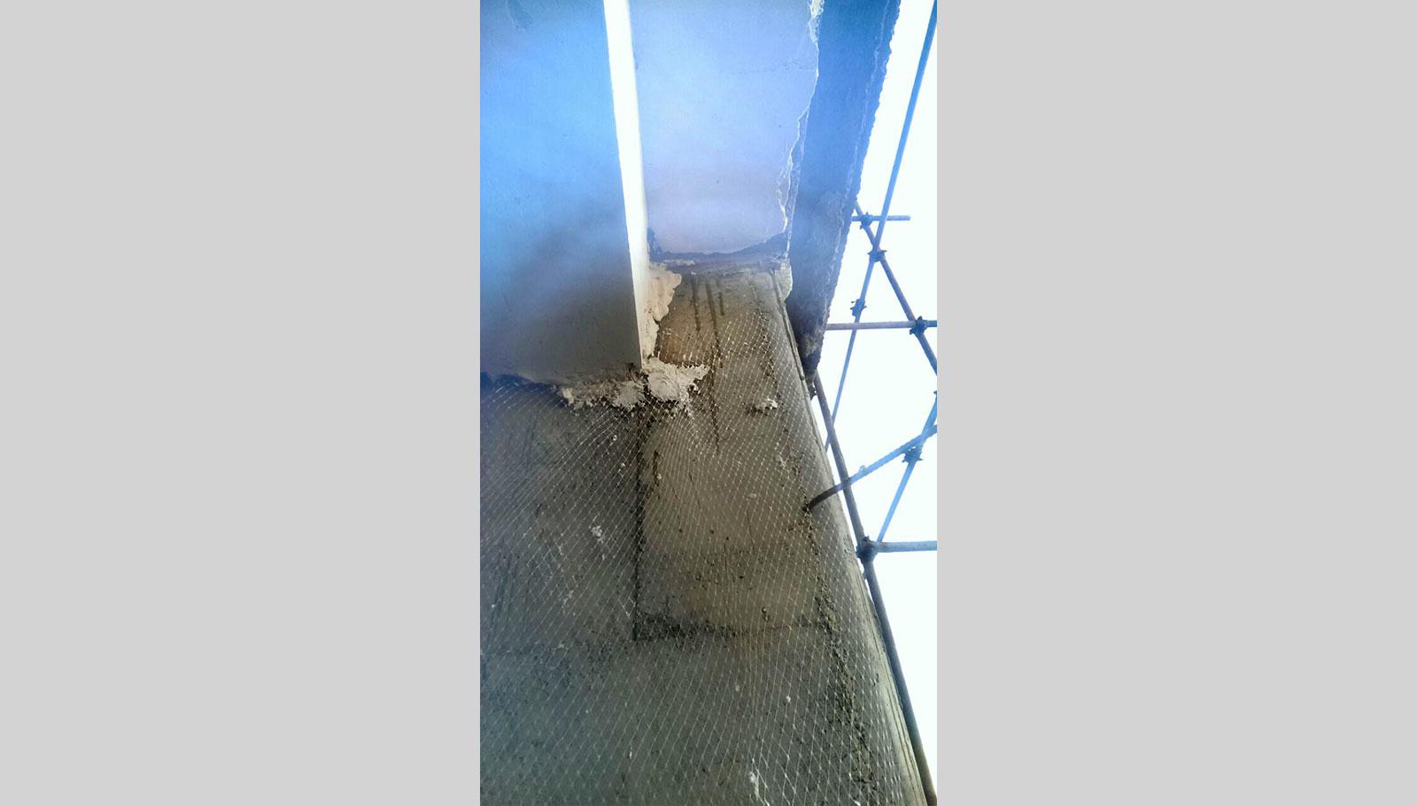 نصب شبکه زیر گچی روی دیوار سیمانی